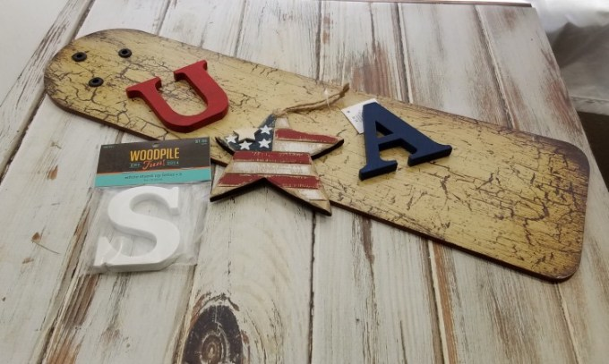 Diy Patriotic Sign Made Out of a Fan Blade