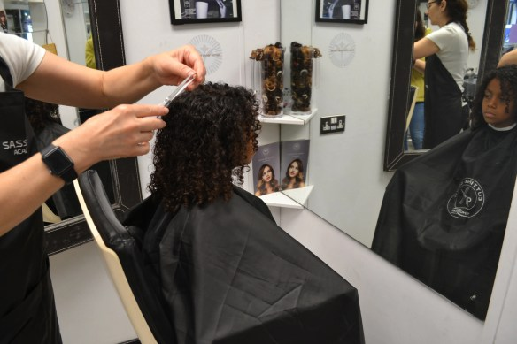 Best Curly Hair Salons In London Updated Mixedupma