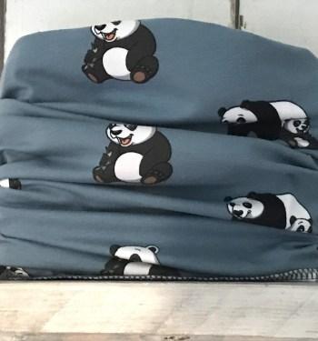 blauw colsjaaltje met panda's