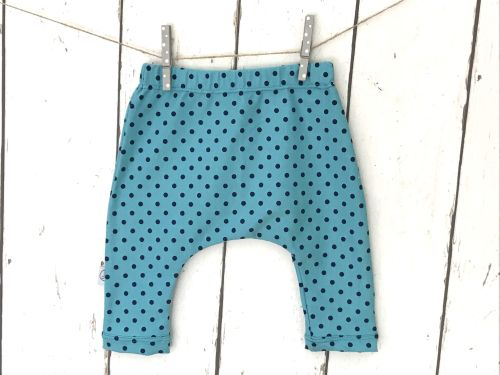 blauw harembroekje met donkerblauwe stippen