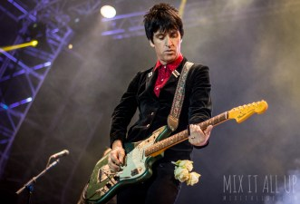 Johnny Marr performing live at Victorious Festival 2015.