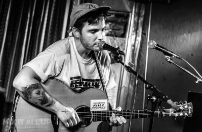 Tom Bryan supporting Floodhounds live at The Loft, Portsmouth - 27/07/19