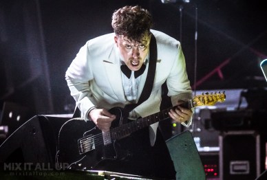 The Hives live at Victorious Festival 2019