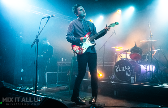 The Pretty Visitors supporting Blithe live at the Wedgewood Rooms, Portsmouth - 30/11/19
