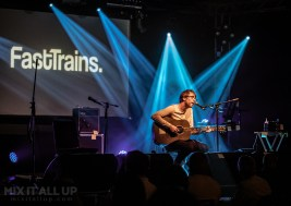 Fast Trains headlining the Wedgewood Rooms, Portsmouth 2021