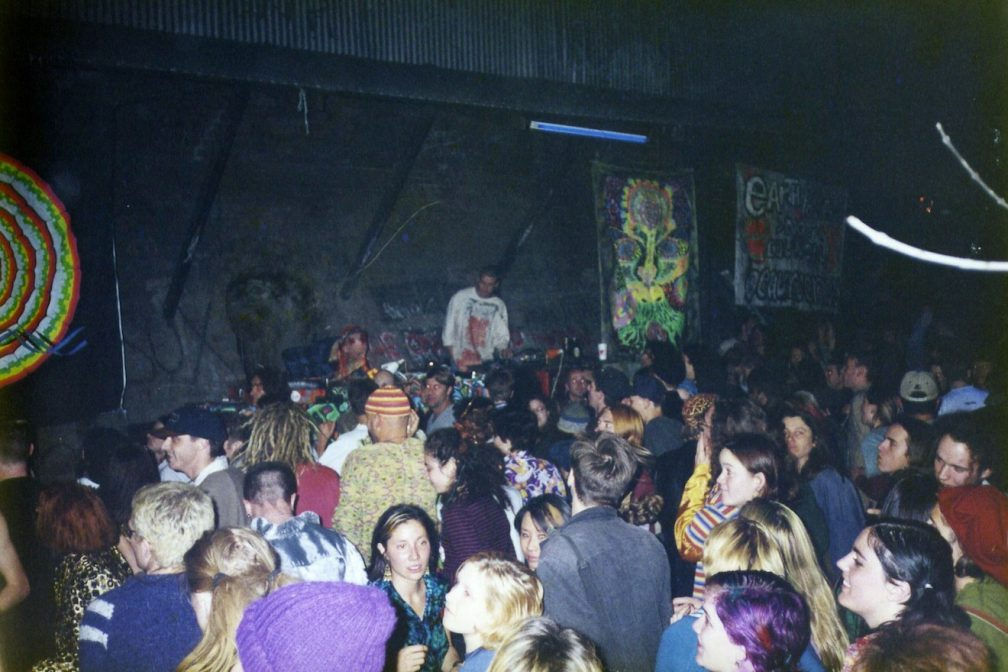 26 PHOTOS CAPTURING THE BLISSFUL ESSENCE OF SAN FRANCISCO'S '90S RAVE SCENE