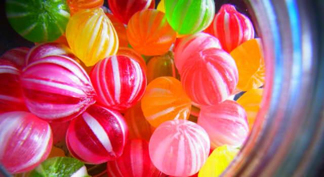 ハロウィンのお菓子を配る時の量!市販で安く、誰でも食べれるのは?お菓子以外で子供に渡せるもの