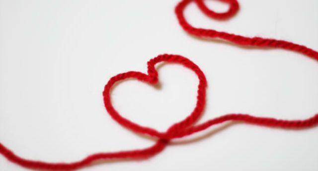 バレンタインの渡し方!チョコを本命の片思いへ…ハートを掴むポイントは?