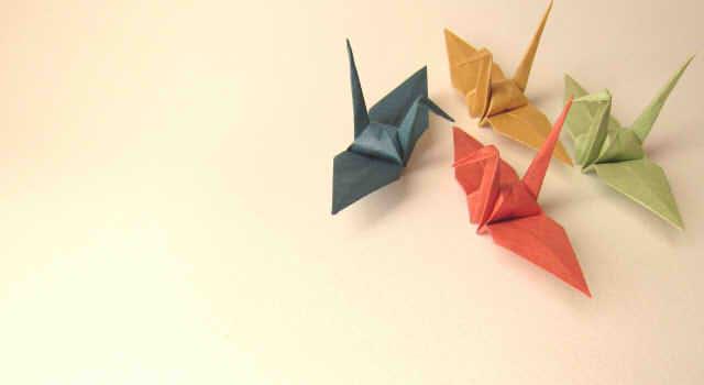 敬老の日の折り紙!プレゼントにもできる簡単な花やコスモスなどの折り方8選!