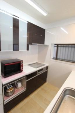 家電収納と一体型のキッチン