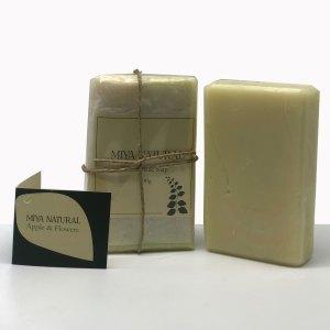 סבון טבעי בעבודת יד Apple & Flowers