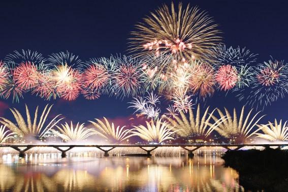 beautiful-firework-wallpaper-images-g8b