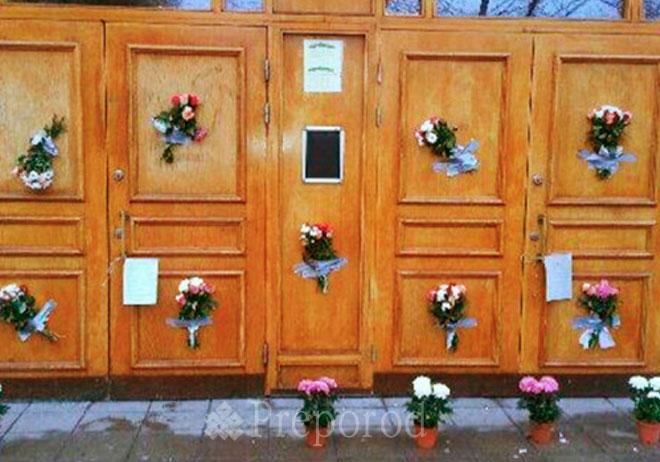 Džamija u Štokholmu: Cvijećem protiv nacista