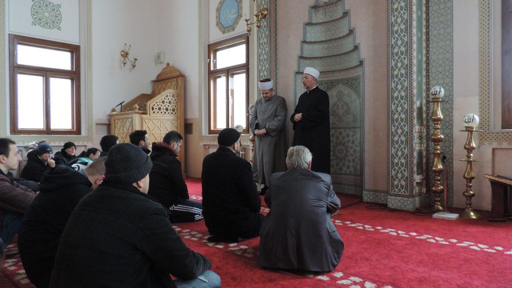 Rijaset Islamske zajednice i Muftijstvo tuzlansko najoštrije osudili skrnavljenje Atik džamije u Bijeljini