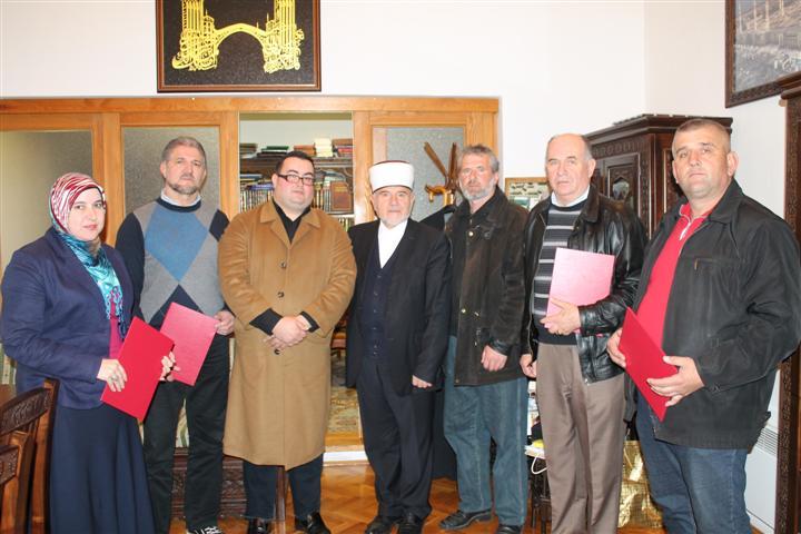 Muftija Smajkić uručio zahvalnice entuzijastima koji pomažu rad Medžlisa IZ Gacko