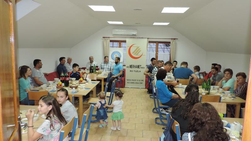 Merhametov iftar za omladinu Mektebskog centra