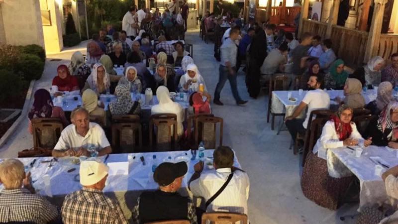 Sultan Sulejmanova Atik džamija u Bijeljini – Iftar i druženje sa prijateljima iz Turske agencije TIKA