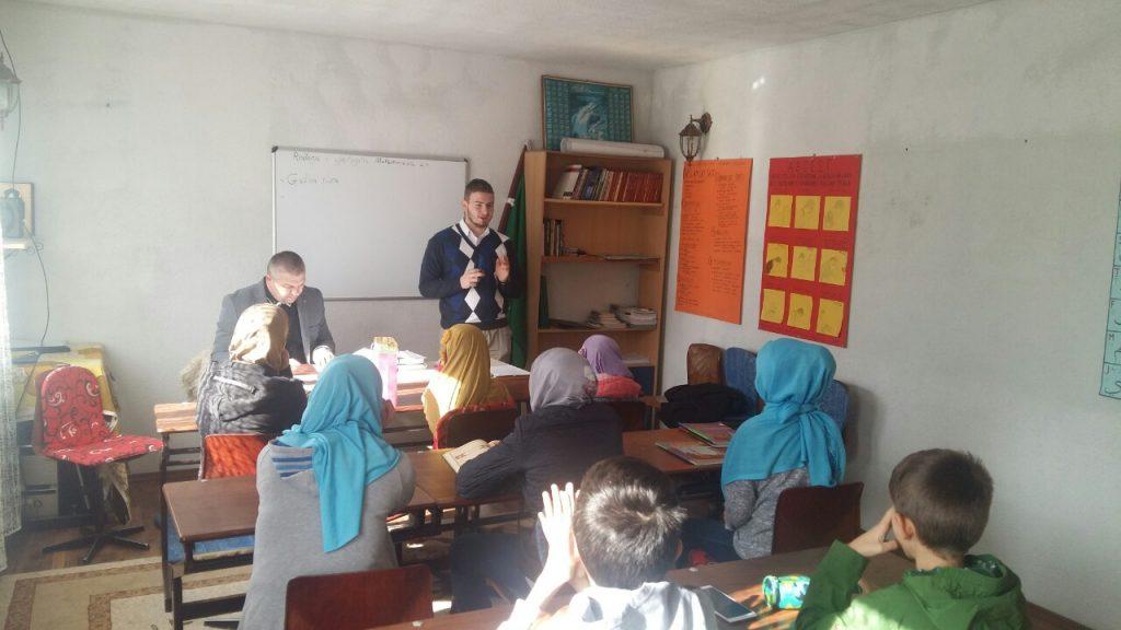 Članovi komisije Muftijstva tuzlanskog za praćenje rada mekteba posjetili mektebe MIZ Bijeljina i MIZ Janja