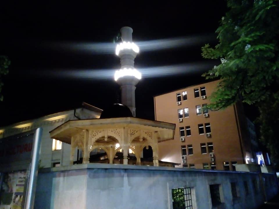 Hafiz Omer ef. Camić, glavni imam MIZ Janja, u bijeljinskoj Sultan Sulejmanovoj Atik džamiji