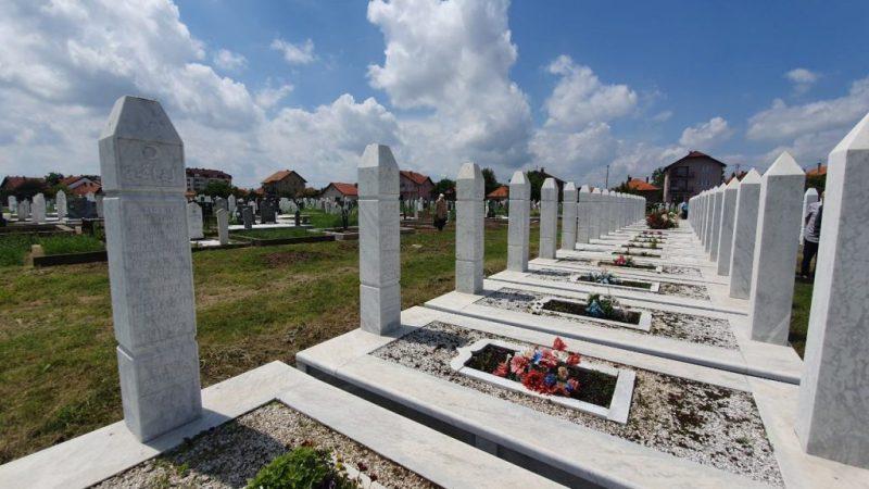 Dan šehida, drugog dana Ramazanskog bajrama, obilježen na šehidskom mezarju Lipić-Slimovići u Bijeljini
