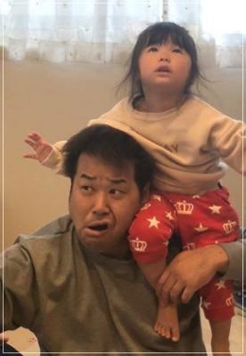 プラスマイナス岩橋良昌と長女で先生と2ショット