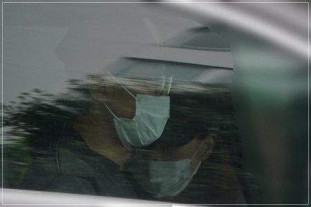 ドライブデート現場がフライデーされた坂本昌行と結婚相手の朝海ひかるの画像