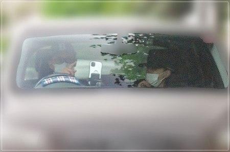 V6坂本昌行と結婚相手・朝海ひかるがドライブデートしている現場フライデー画像
