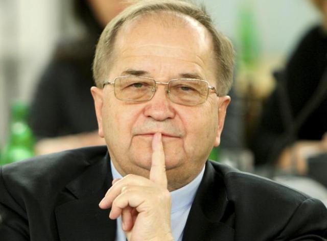 Oglądajcie i puszczajcie dalej! Ten film powinien krążyć aż do wyborów jesiennych do Sejmu.