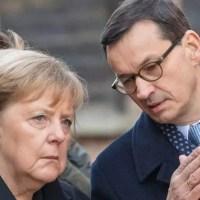 Merkel o włos od wypadku w Auschwitz! Sytuację uratował Morawiecki [VIDEO]