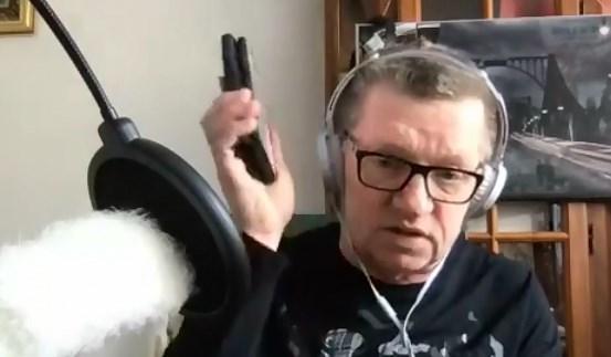 Piotr Wroński prowadził transmisję na żywo. w sobotę – Chiny odpowiedzi