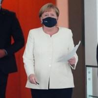 Grzywny za kłamanie, mniejsze uroczystości. Niemcy zaostrzają restrykcje {Autor Gabi}