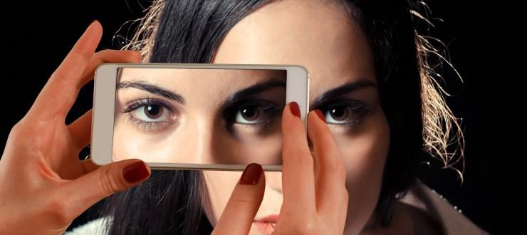 Smartphone skin imaging