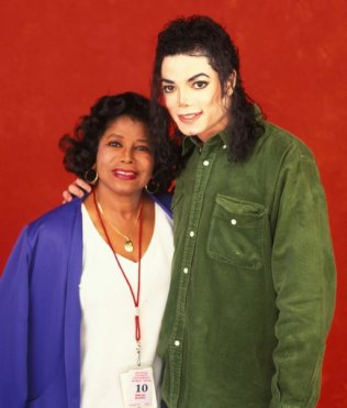 michael-jackson-and-mother