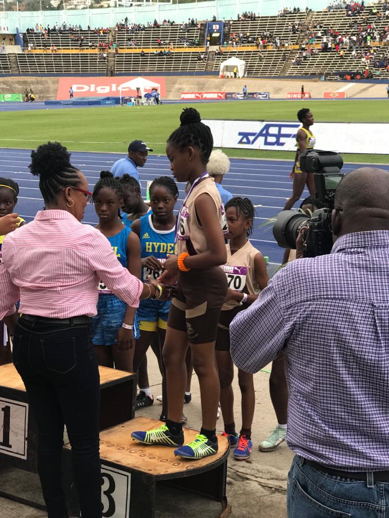 MJD congratulating winners