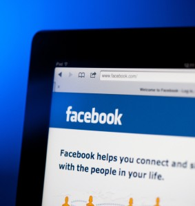 16 Facebook Groups for Writers You Don't Want to Miss