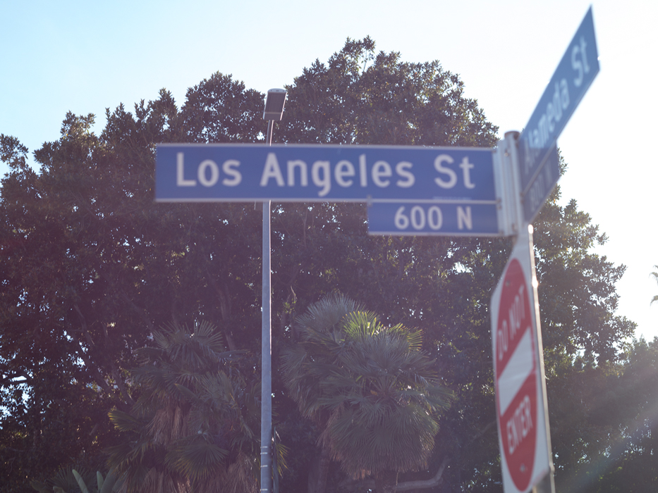 glare flare los angeles street sign photograph