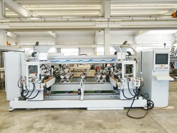 BST 100 Profiline Boring Machine by WEEKE (HOMAG Group)