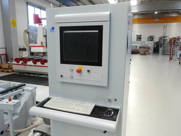 Venture 2 M (BHC) CNC Machine by WEEKE (HOMAG Group)