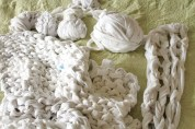 t-shirt yarn (or yabric at top)