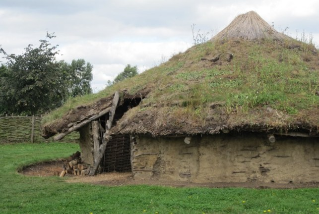 Reconstruction of early Iron Age roundhouse