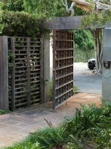 Pivot Garden Gate & Fence