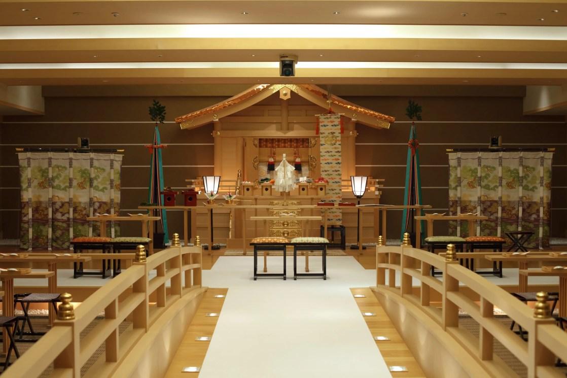 八芳園の神殿