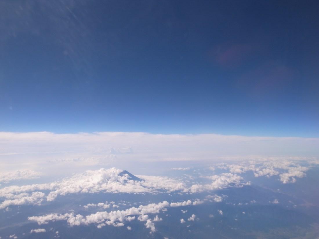 機内からの富士山
