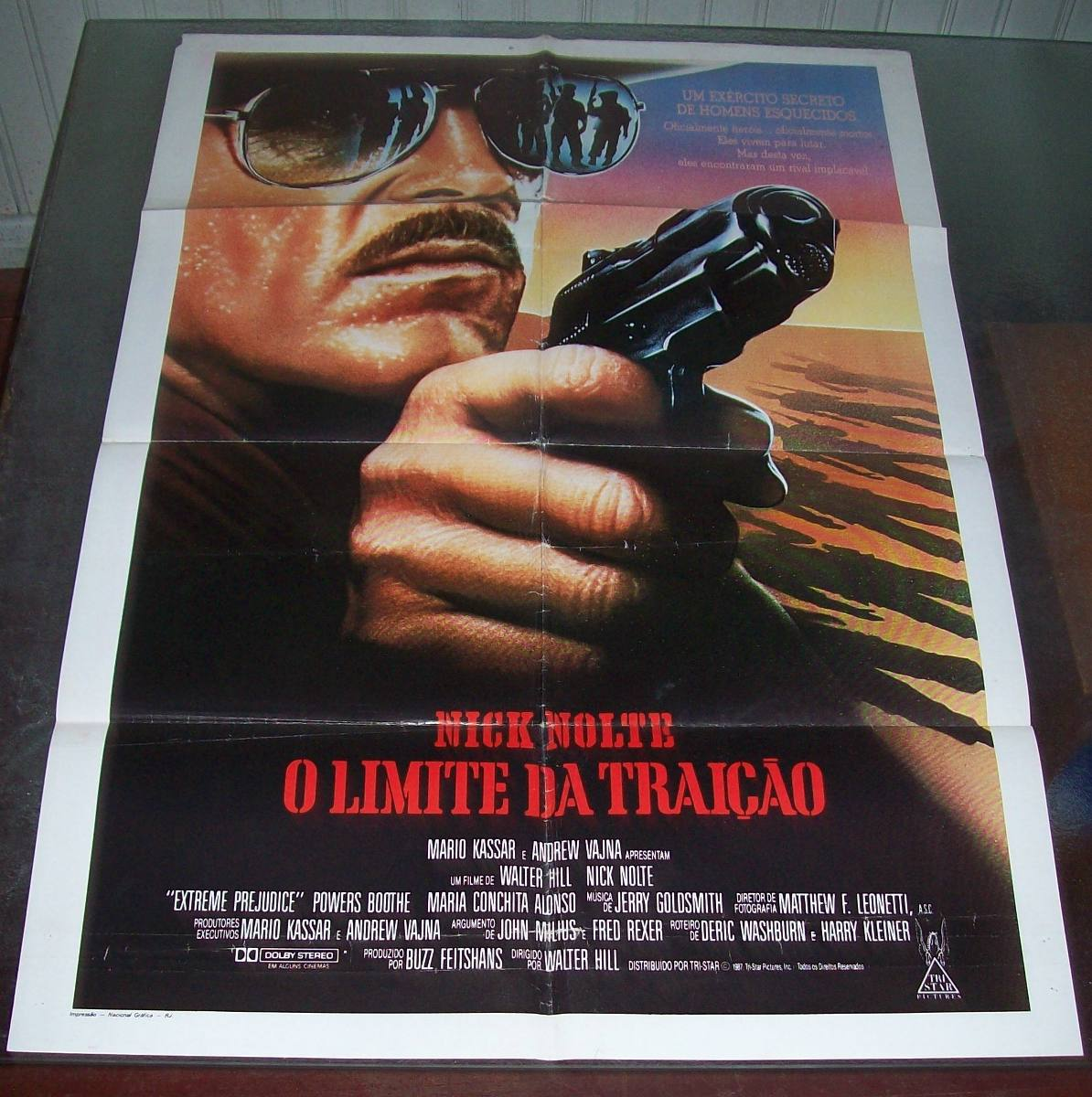 Poster do filme Traiçao
