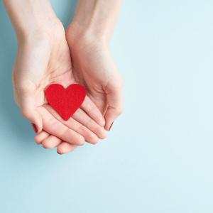 giving heart hands