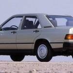 Mercedes 190 zamena zadnjih pločica – Video