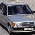 Koliko motornog ulja ide u Mercedes-Benz 190 ?