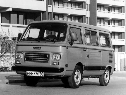 Luksuzna putnička verzija fijata 900T iz 1985. godine