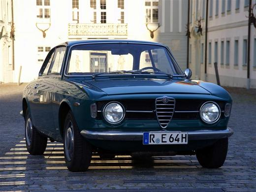 Alfa Romeo 1300 GT Junior