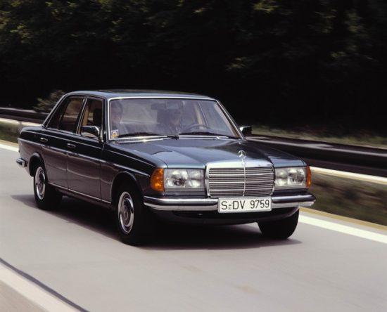 U početku, pravougaone farove su imale samo najjače verzije 280 i 280E